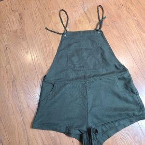 Garage khaki romper shorts with cargo pockets
